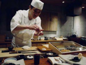 Cuisinier et maître d'hôtel - SERADO, N°1 du service à domicile